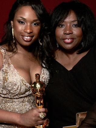 Mother and daughter ... In this dated February 25, 2007 filed photo shows Actress in a Supporting role winner Jennifer Hudson (L) and her mother Darnell. Picture: AFP