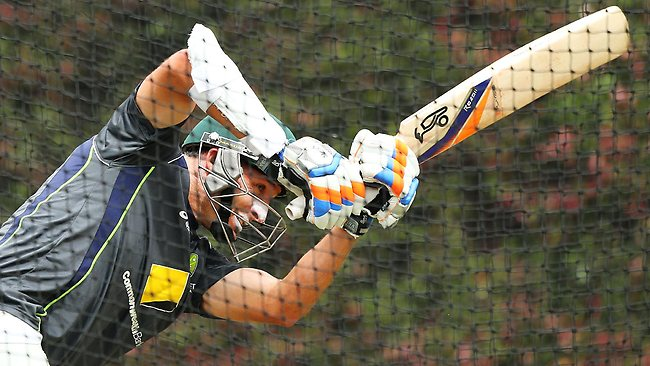Mike Hussey bats in the nets during Australia's final training session ahead of the Sydney Test.