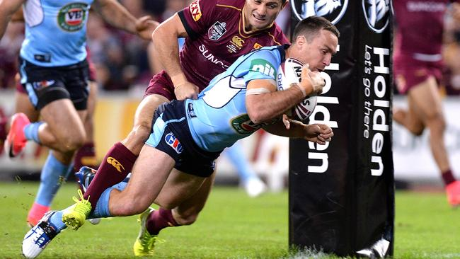 James Maloney scores a try early in game one of the first State of Origin. Picture: Getty
