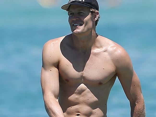 Top 50 Beautiful Celebrity Beach Bodies - DietDiet.com