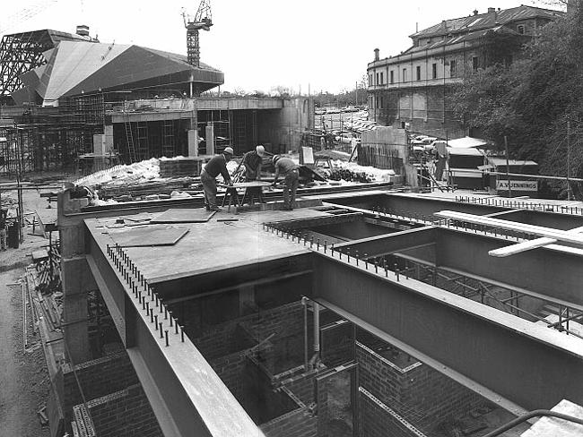 Construction of the Adelaide Festival Centre and Theatre.