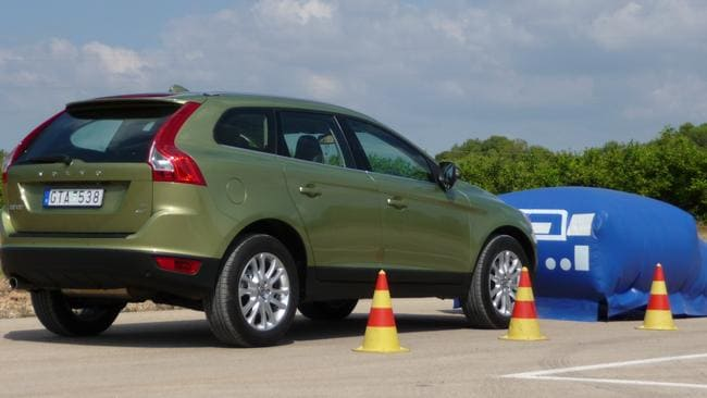 Brace yourself ... Volvo XC60 brakes automatically if the driver doesn't.