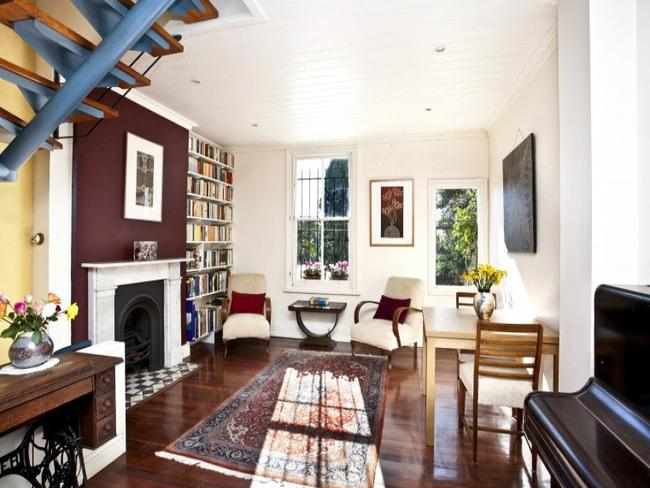The inviting and sunny lounge room of 16 Olive St Paddington