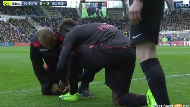 Mario Balotelli struggled with his laces. (Photo: BT Sport).
