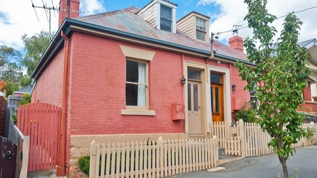 Not a bad buy when you consider this house is 3km from downtown Hobart. Picture: Realestate.com.au