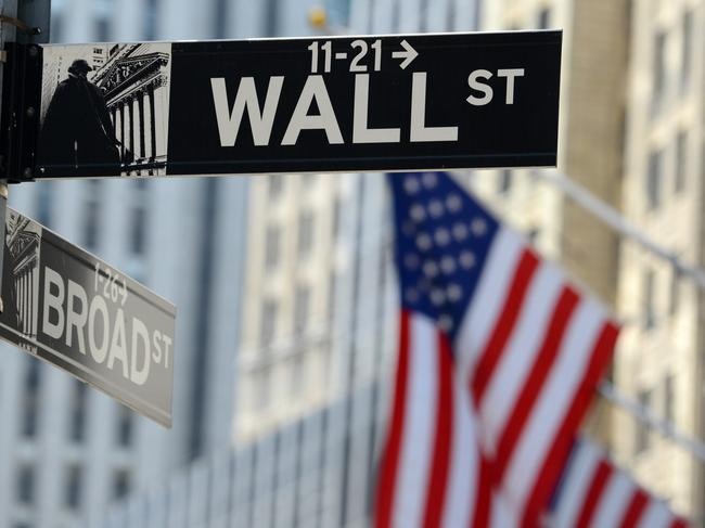 Wall St executives' travel ban fear