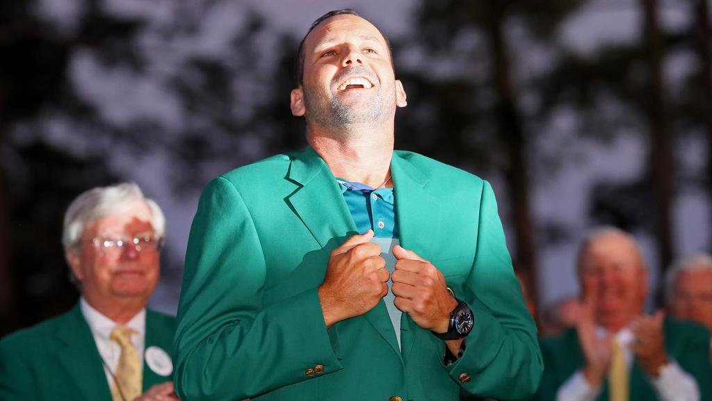 Sergio Garcia gets acquainted with the new addition to his wardrobe.