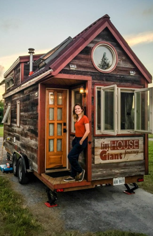 Tiny House Giant Journey Jenna Spesard And Guillaume