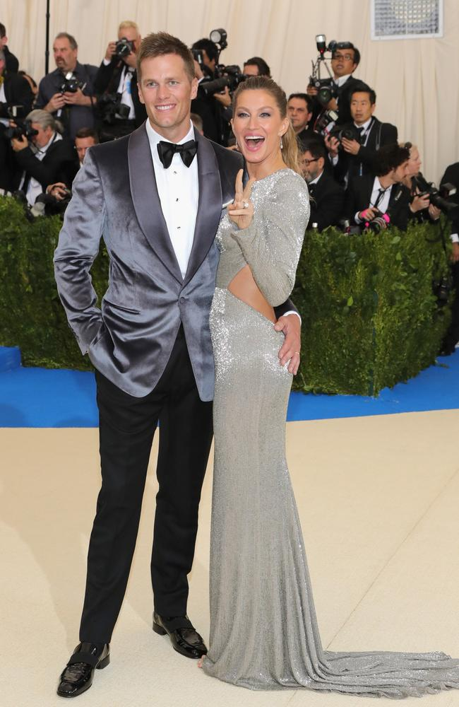 Tom Brady is married to supermodel Gisele Bündchen.