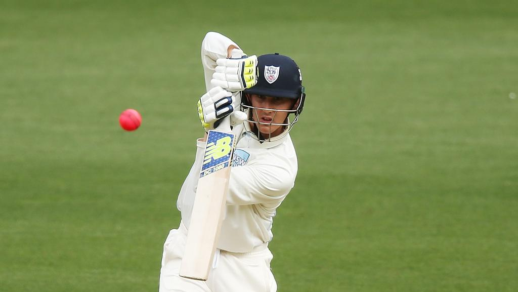 ADELAIDE, AUSTRALIA — DECEMBER 05: Nic Maddinson of the NSW Blues bats during day one of the Sheffield Shield match between South Australia and New South Wales at Adelaide Oval on December 5, 2016 in Adelaide, Australia. (Photo by Morne de Klerk/Getty Images)