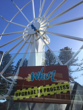 Glenelg Beachouse S Ferris Wheel To Remain Closed Over Summer
