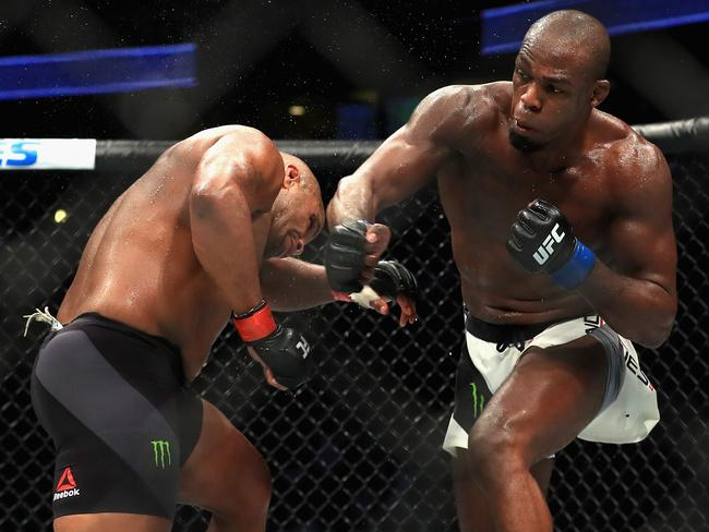 Daniel Cormier (L) fights Jon Jones at UFC 214.