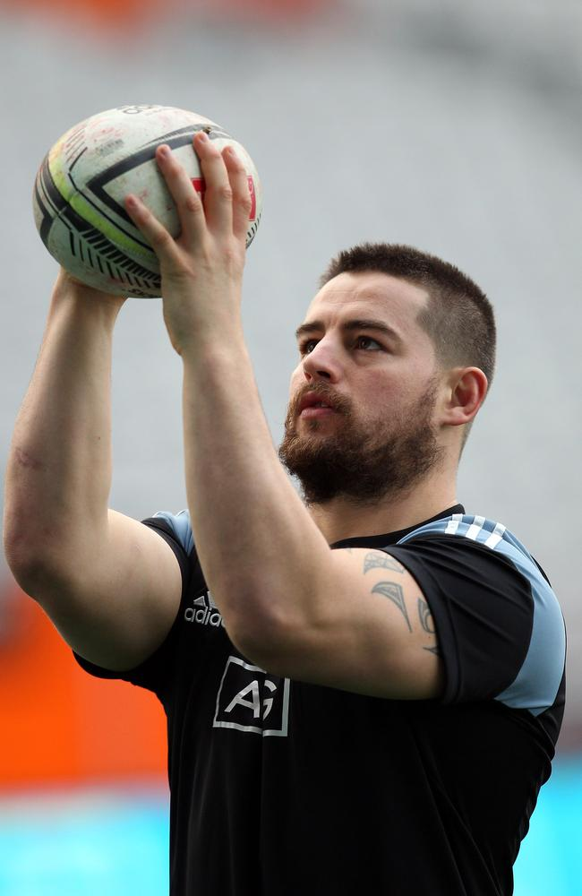 Dane Coles practices his lineout throwing ahead of the Test.