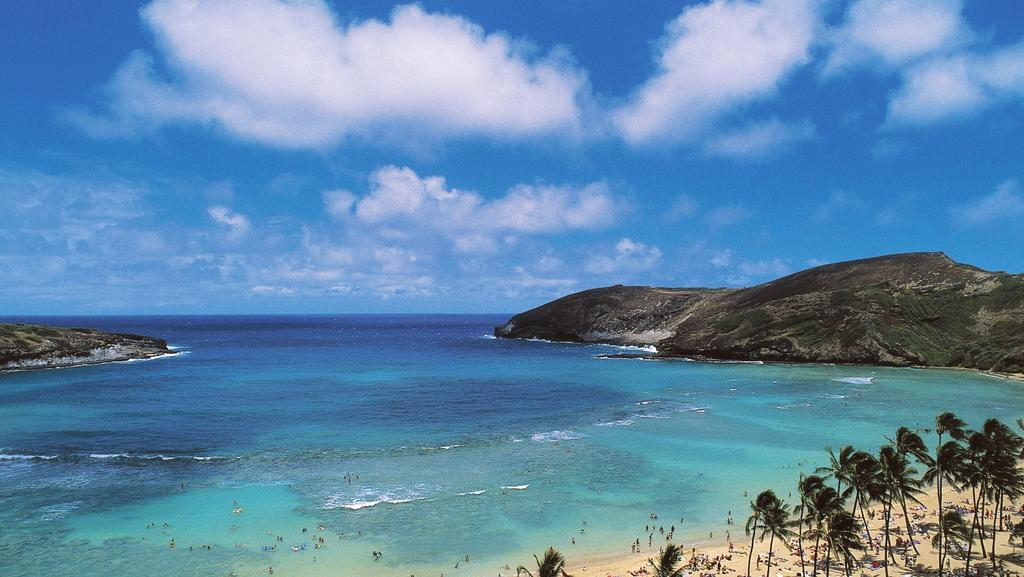 Getting to Hawaii on frequent flyer points is easy if you know how. Picture: Getty Images