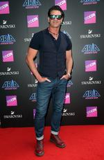 Pete Murray pictured arriving at the 2017 ARIA Awards held at The Star in Pyrmont in Sydney. Picture: Richard Dobson