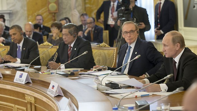 US President Barack Obama, Indonesian President Susilo Bambang Yudhoyono, and then Australian Foreign Minister Bob Carr listen as Russian President Vladimir Putin, right, speaks during the start of the G-20 Working Session at the Konstantin Palace in St. Petersburg.