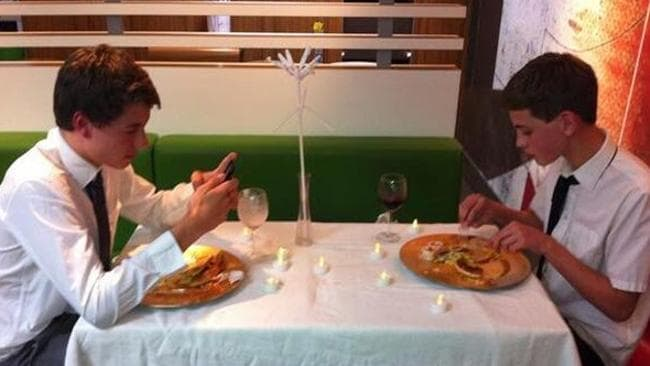 The teenagers did not implement a 'phones off the table' rule. Picture: Supplied/Twitter