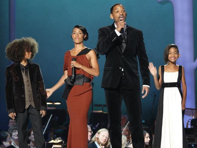 Will Smith, wife Jada Pinkett Smith, Willow and son Jadenhost the Nobel Peace Prize concert 2009.