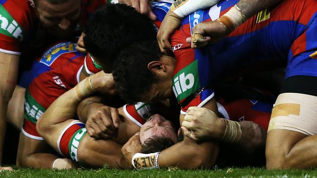 It's amazing Kurt Gidley didn't break a rib.