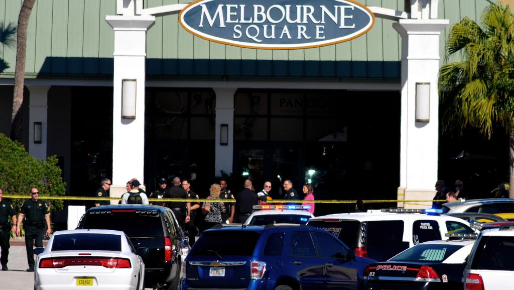 Two Dead After Florida Mall Shooting Herald Sun