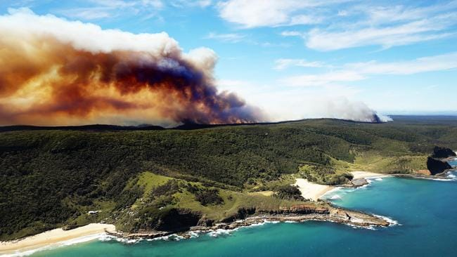 NSW Rural Fire Service is telling people to stay away from the national park. Picture: Tim Hunter.