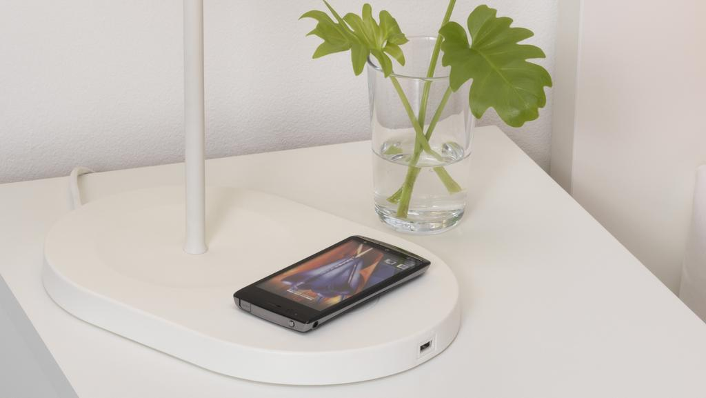Ikea Lamps Bedside Tables That Charge Your Smartphone To