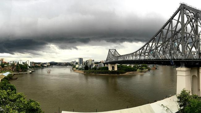 Heavy rain is lashing Brisbane and much of Queensland's east coast. Picture: Peter Wallis