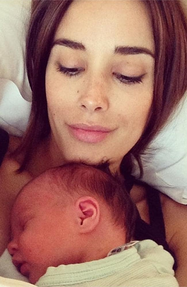 Rebecca Judd with daughter Billie Kate, who is just three days old. Picture: Instagram / @becjudd