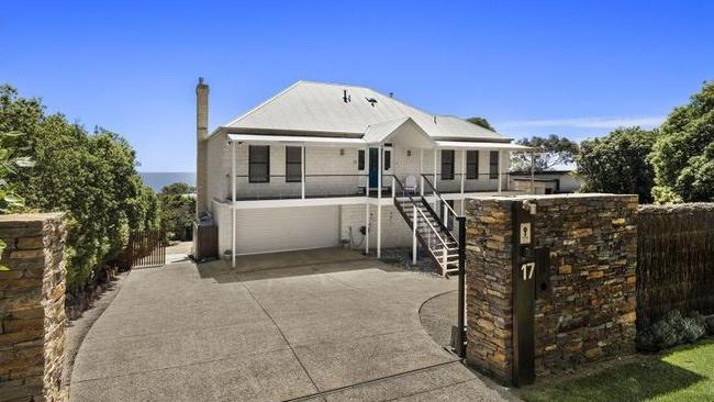 Houses In Park Orchards Balwyn And Mt Eliza Among Melbourne S Most Expensive This Week