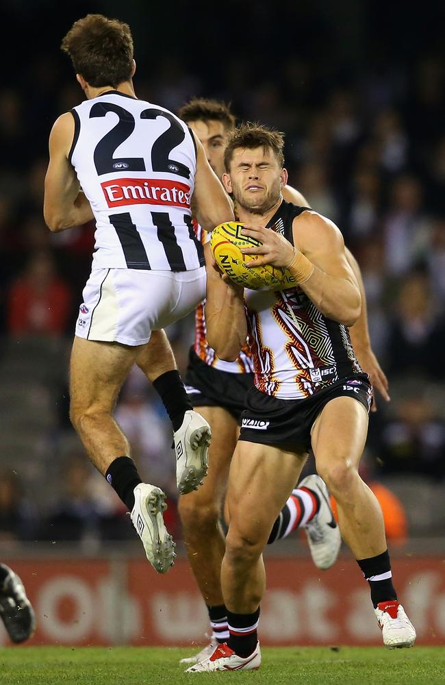 Sidebottom's hit came seven seconds into the game.