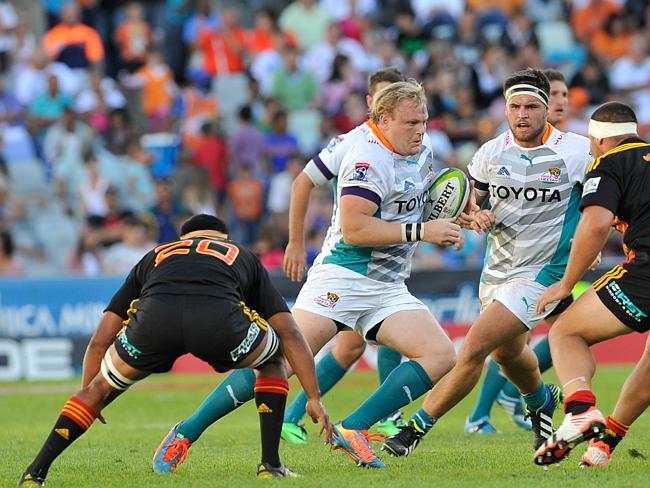 Adriaan Strauss of the Cheetahs in action during the Super Rugby match between the Cheeta
