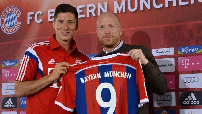 Bayern Munich's new Polish striker Robert Lewandowski has arrived in Munich.