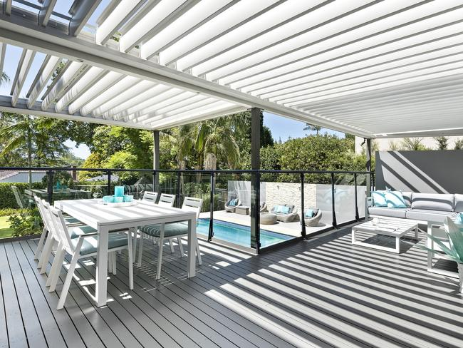 Entertain poolside.