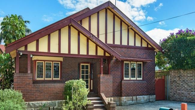 58 Edward St, North Sydney was the first property to go under the hammer on Saturday June 14 and was bought by a Lidcombe carpenter.