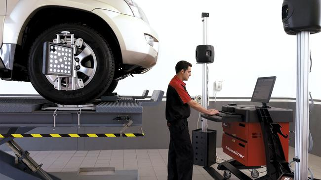 The ACCC wants smaller workshops and independent repairers to get better access to service information. Picture: Supplied.