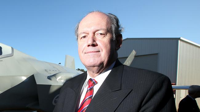 Urging cooperation from the states ... Defence Minister David Johnston. Picture: Simon Cross