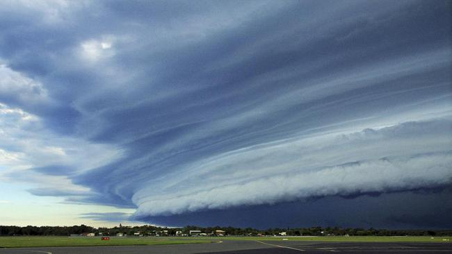 Sunshine Coast Airport employee was on the tarmac waiting for an aircraft when he saw a shelf cloud loom in from the southwest. Picture: Shane Loweke.
