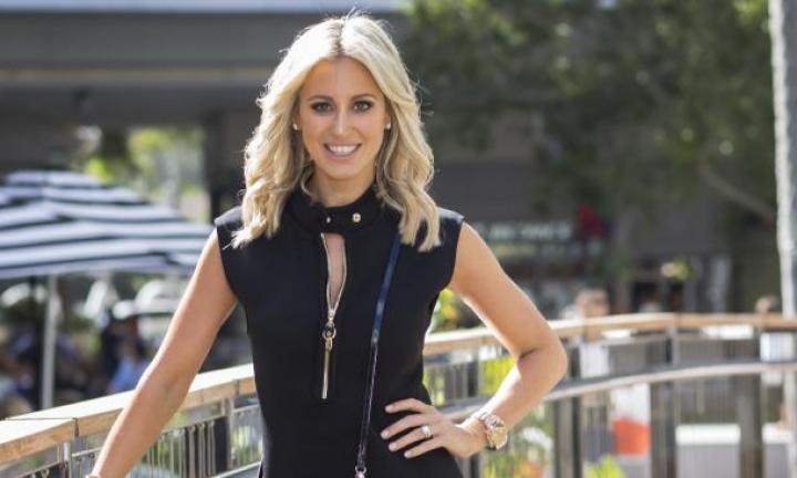 Roxy Jacenko posts photo suggesting she's heading down the aisle again