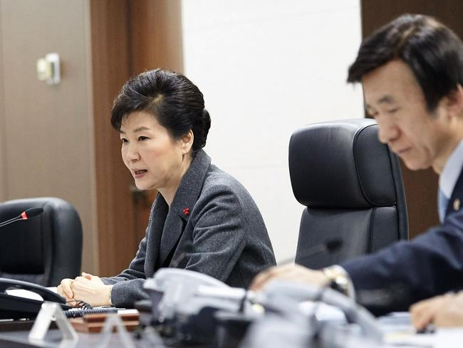 South Korean President Park Geun-Hye speaking as Foreign Minister Yun Byung-Se listens during an emergency meeting of the National Security Council. Picture: Getty