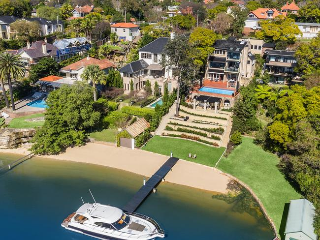 6 Viret St, Hunters Hill, sold for $11 million.