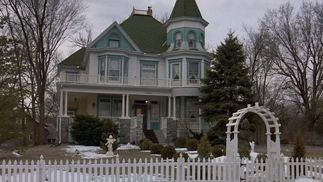 IN THE MOVIE: The Cherry Street Inn as it appears in Groundhog Day. Picture: Imgur / Mobius01