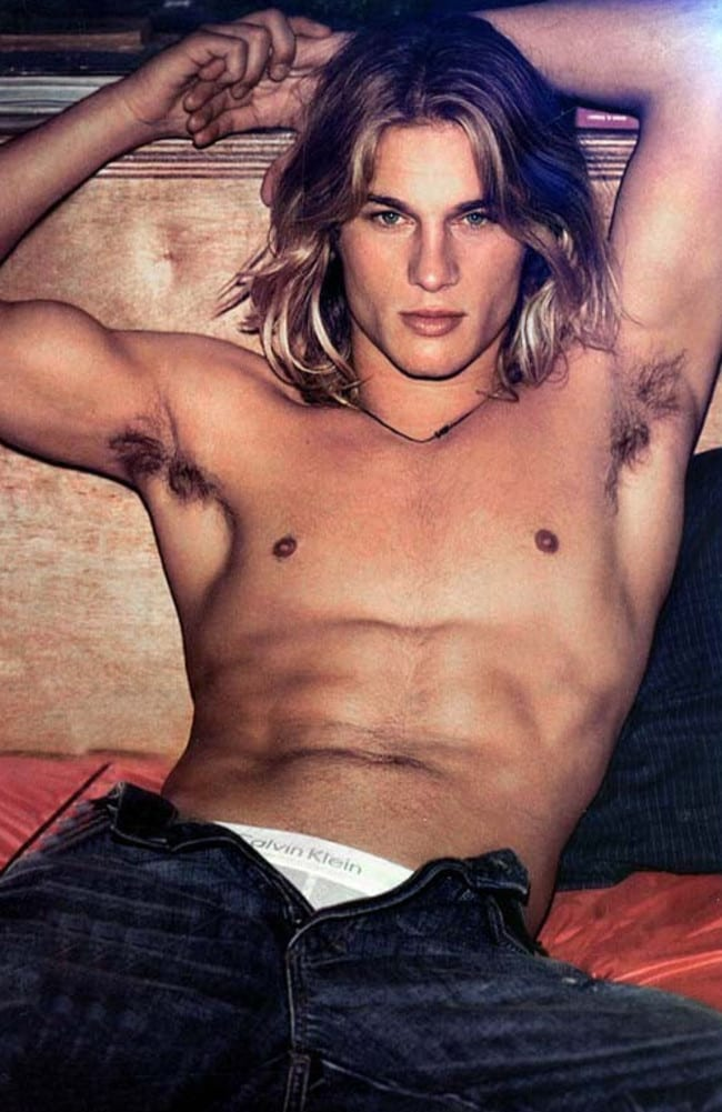 Travis Fimmel Sex 119