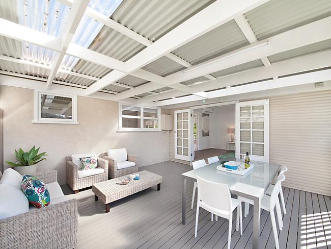 Selling houses australia inspired makeover helps achieve for Outdoor furniture 0 finance