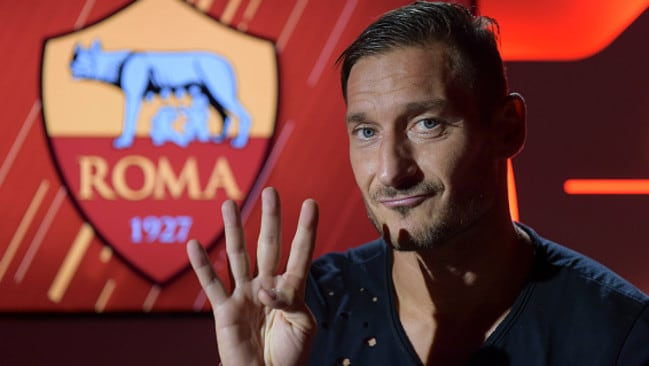 AS Roma Legend Francesco Totti celebrates his 40th birthday on September 27, 2016 in Rome, Italy. (Photo Luciano Rossi / As Roma via Getty Images)