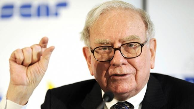 Warren Buffet addresses a press conference in 2008 in Frankfurt. Picture: AFP.