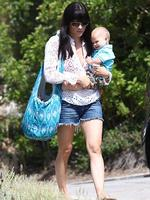 <p>Selma Blair and nine-month-old bub Arthur head to a friend's house to spend their first Mother's Day together. Picture: Snappermedia</p>  <br />