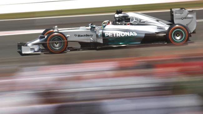 Lewis Hamilton en route to victory at Silverstone.