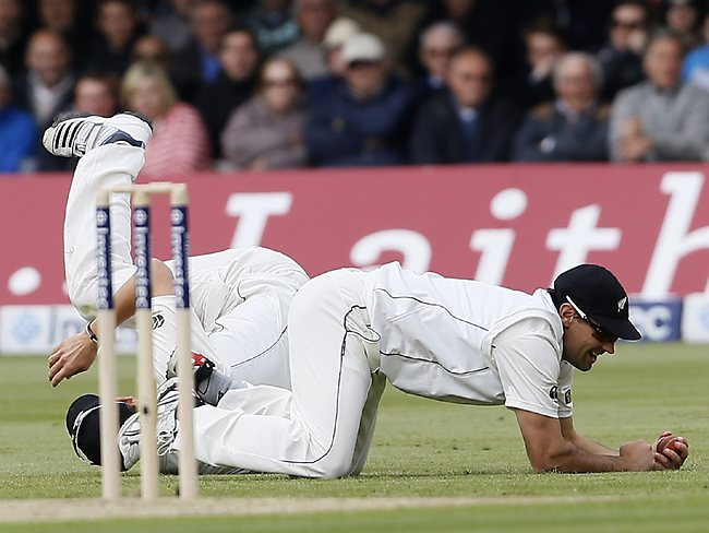 New Zealand's Dean Brownlie catches out England's Jonathan Trott in their first test match at Lord's.