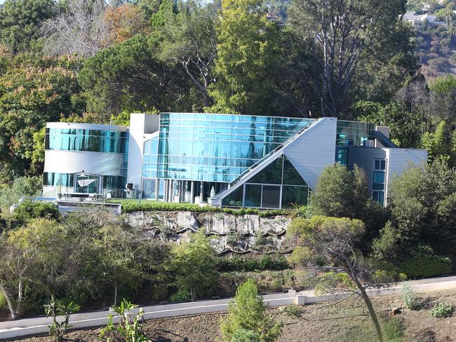 Justin Bieber's mansion in Beverly Hills is bizarre