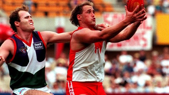 Tony Lockett's five-goal haul unable to counter Fremantle attack. Picture: News Limited